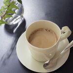カフェ ミュゼアッシュ - ホットコーヒー