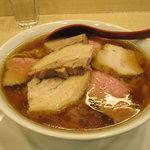 麺や 七彩 - チャーシューメン(中盛)