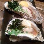 やきとり 奥義 - 厚岸産の焼き牡蠣