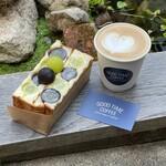 GOOD TIME COFFEE - フルーツカスタードサンド、カフェラテ