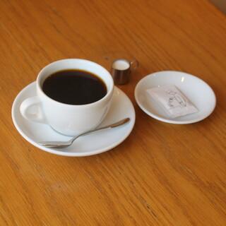 コーヒー好きが集まるカフェへようこそ♪本格自家製焙煎珈琲が◎