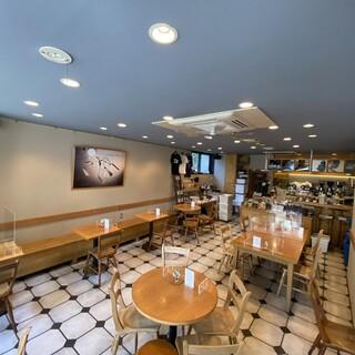 観光地・鎌倉にあるこだわりのカフェ。地元民も観光客も大歓迎
