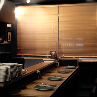 2階本場イタリアの空間、3階はゆったりお食事!!