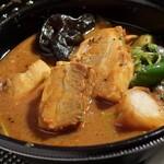 Rojiura Curry SAMURAI. - 豚角煮