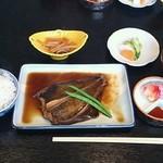 15892964 - 黒がれい煮付け定食 ¥800