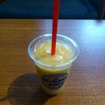 ロベックスジュース - マンゴとパイナップルのスムージー
