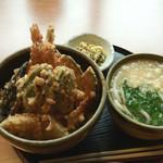 食道家 離 伸 - 天丼セット:700円