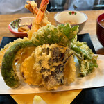 旬の味 ごろさや - 料理写真:天麩羅定食 1800円。