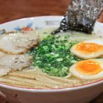 清龍 - 味玉ラーメン 九州のラーメンでは珍しいさっぱり味のスープ。