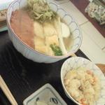 15895415 - ランチの日替わり炊き込みご飯