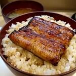 藍の家 - 料理写真:鰻小丼(ご飯大盛り)