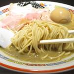 煮干中華 余韻 - 麺