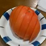 ホルモン焼き いっちゃん   - 食べ放題2280円・冷やしトマト