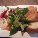 三浦飲食堂 - タラモサラダ