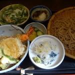 蕎藤 - 天ちらし丼定食:1100円