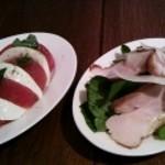15906529 - カプレーゼと小松菜のサラダ