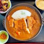 道のレストランはっぽう - 料理写真:カツカレー