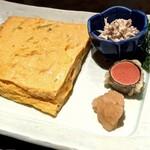 舞桜 - 大判のプルプル玉子焼きに染めおろし、明太子の天ぷら、鶏の和え物