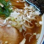 中華そば桐麺 - この澄んだスープ♥️