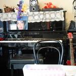 ハーモニー - ピアノが置いてあります