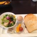 珈琲 遇暖 - ドリンク代にプラス180円のトーストモーニング
