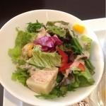 珈琲 遇暖 - モーニングのサラダ