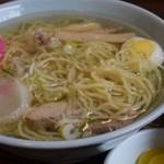 しらかば茶屋 - 透き通ったスープの鶏ガラ塩ラーメン