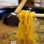 らーめん 信玄 - 信州(コク味噌) 麺