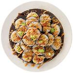 神戸クック・ワールドビュッフェ - 『スパイシーロール』サーモンとアボカドをピリ辛マヨネーズで味付けしたおすすめの一品!!アメリカで大人気の巻きSUSHIです♪
