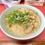 一楽ラーメン - ラーメン大盛りカタ麺ネギ多目!600円