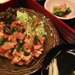 まんま みじんこ洞 - 若鶏のカラアゲの重箱セット¥880