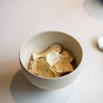 レストラン オオツ - 2021.10 信州産焼き松茸 松茸ピュレ 松茸フラン(鯛出汁に松茸をアンフュゼしてフランに)