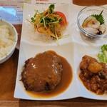 快食空間 makanaiya - 平日限定10食のハンバーグプレート
