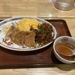 大阪王将 - ポークチャップオムライス+餃子!