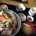 ふしみ食堂 - 地魚丼1400円