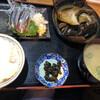 鈴女 - 料理写真:さんま刺とかんぱちカマ煮定食