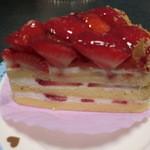 木風 - 苺いっぱいのケーキ