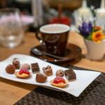 ARMONICO - 小菓子、コーヒー