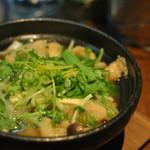 バー&ジャンク・ミカク - ワニ 豆腐 小鍋仕立