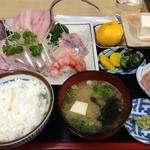 深海魚料理 魚重食堂 - 深海刺身定食