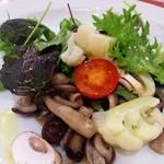 ラ・ボッテ ピッコラ - ランチのサラダ