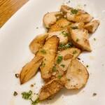 Taverna frico - フレッシュポルチーニ茸 バターソテー