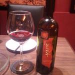 15922423 - 赤ワインのボトル。3180円