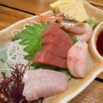 魚寅食堂 - 刺身