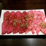 炭火焼肉 貴仙 - 上カルビ・上ロース