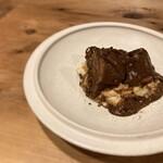 丹波 イノシシ頰肉チョコレート風味の煮込み トスカーナ風