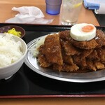 赤丸食堂 - 天保山チキンカツ+ご飯並+レモンチューハイ
