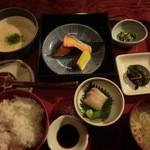 旬膳処 茶目 - ねね(定食)