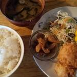 ニジイロ食堂 - 料理写真:から出汁巻き定食\600。
