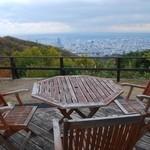 ガーデンレストラン 風舎 - テラス席からの景色